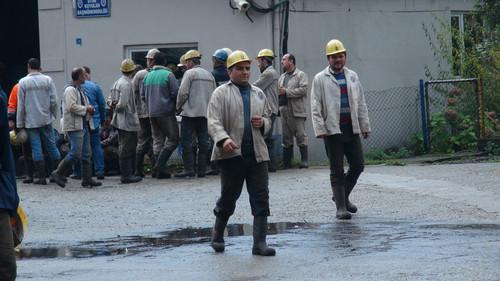 zonguldak-maden-ocaginda-yangin-isciler-tahliye-7752944_7270_m.jpg